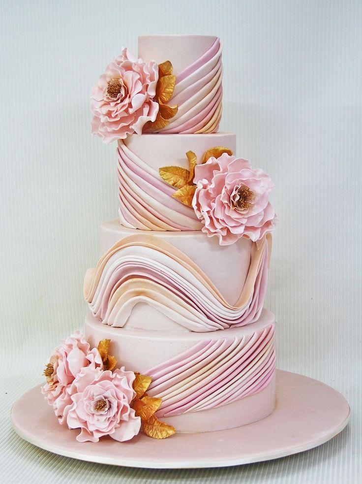 Розово золотые свадебные торты